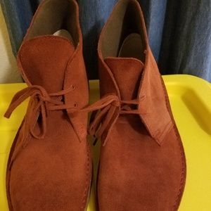 Clarks Mens Suede Burgandy 12M Ankle Boots  New